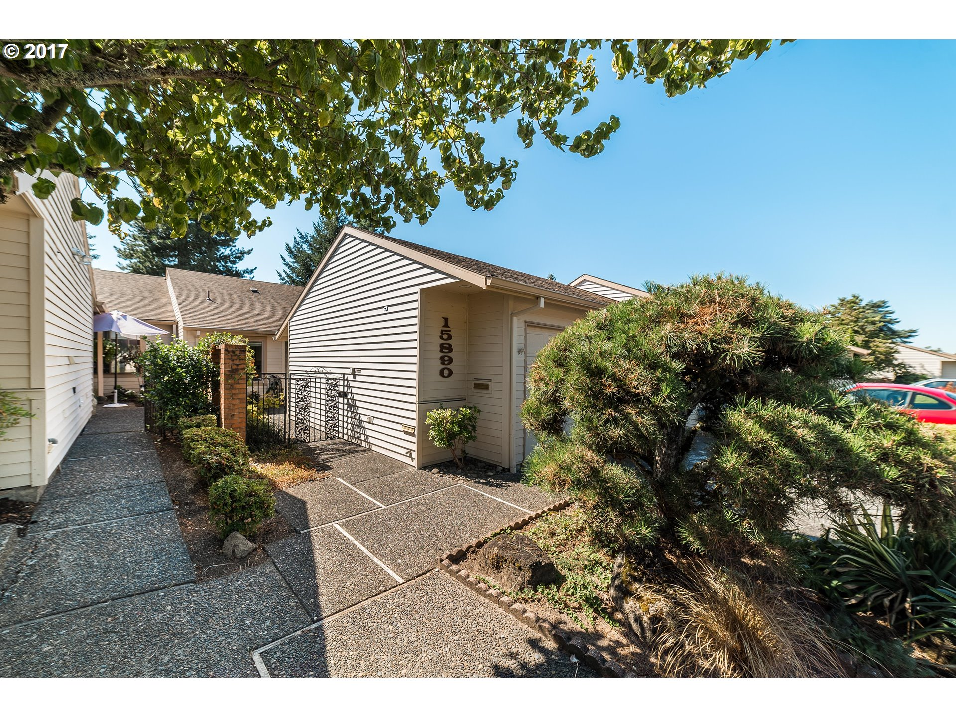 15890 SW GREENS WAY, Tigard, OR 97224