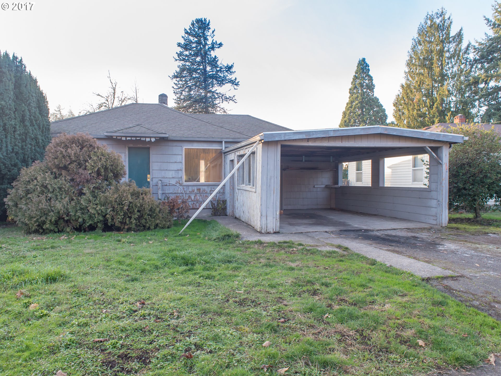 966 1ST ST, Springfield OR 97477
