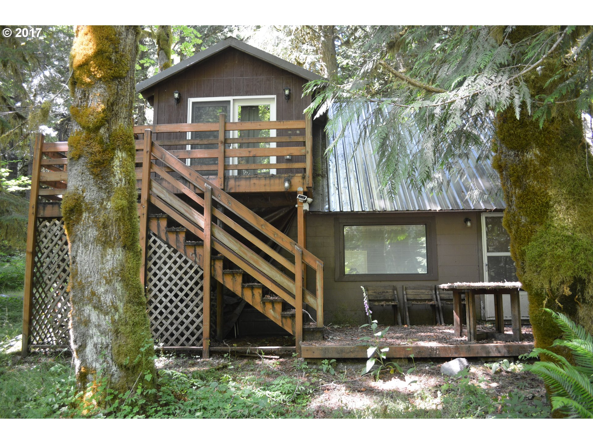 30618 E ROAD 12, Rhododendron, OR 97049