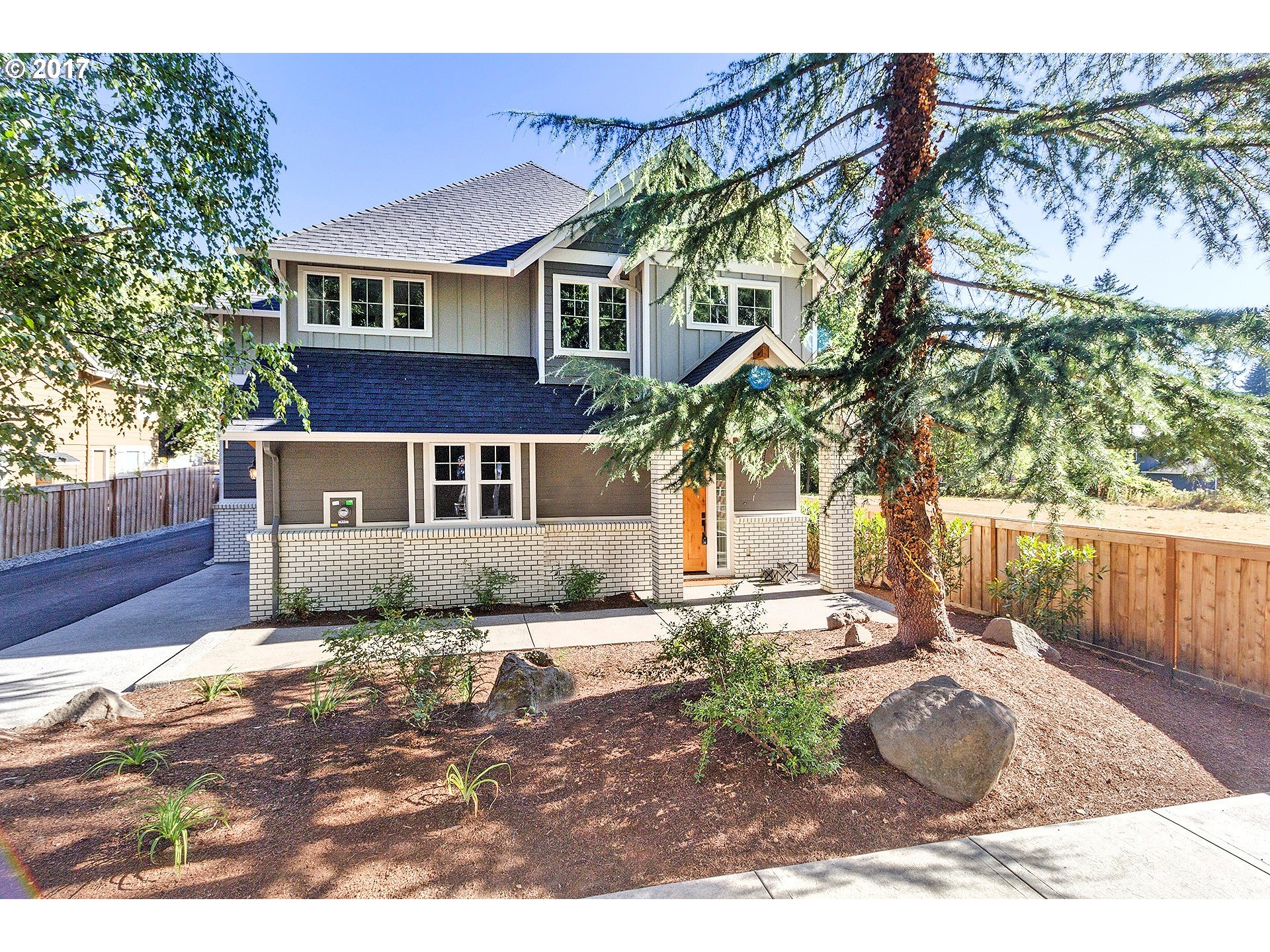 5228 LOWER DR, Lake Oswego, OR 97035