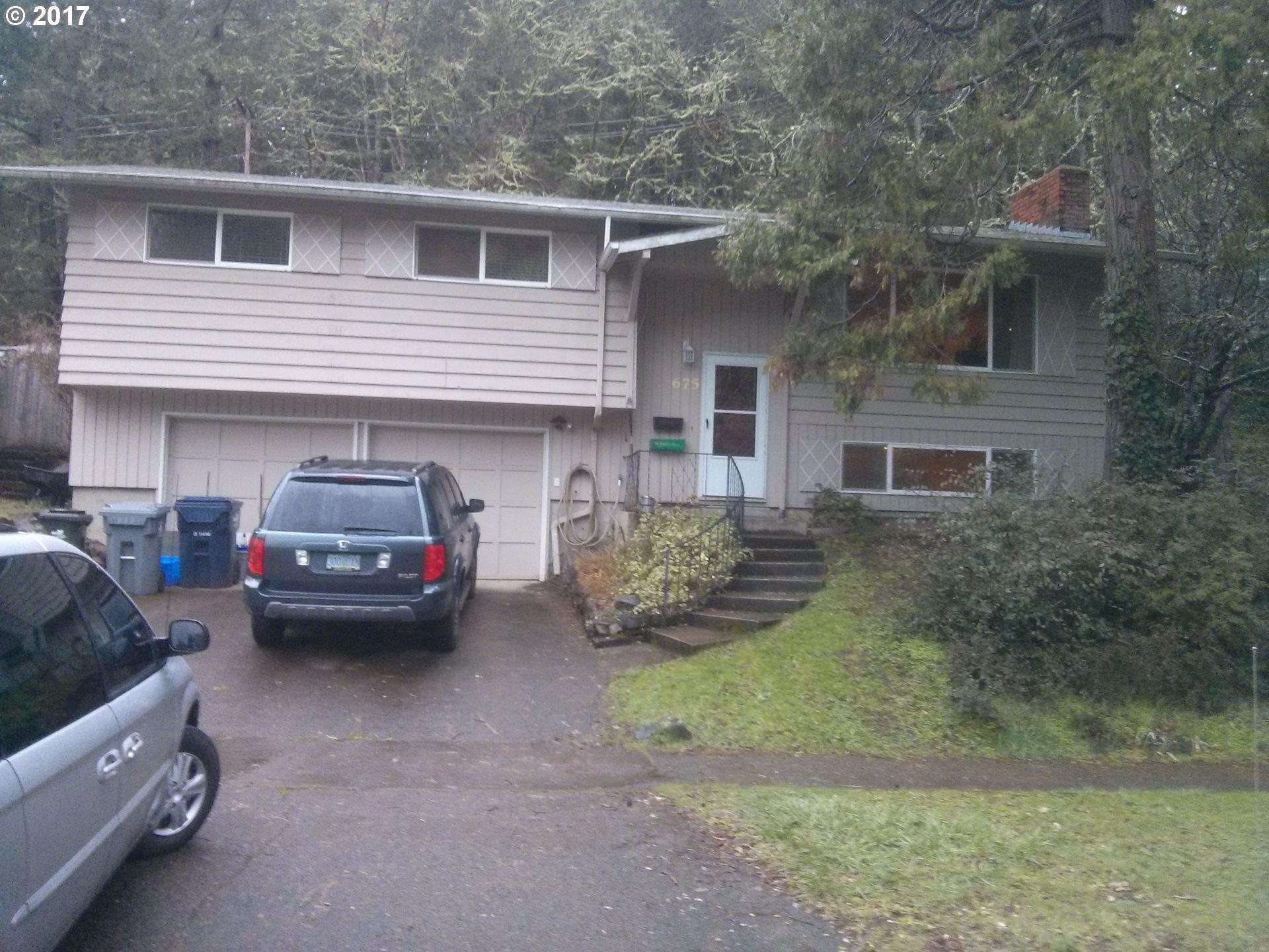675 E 43RD AVE, Eugene, OR 97405