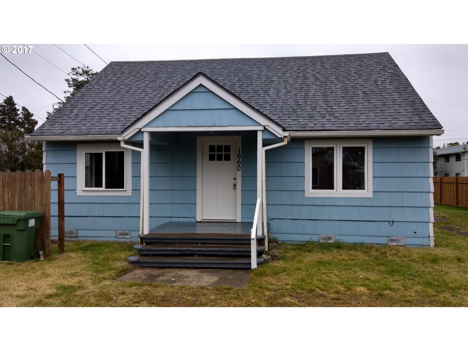 1660 36TH ST Florence, OR 97439 - MLS #: 17622011