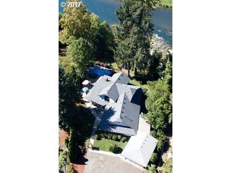 Roseburg, OR 4 Bedroom Home For Sale
