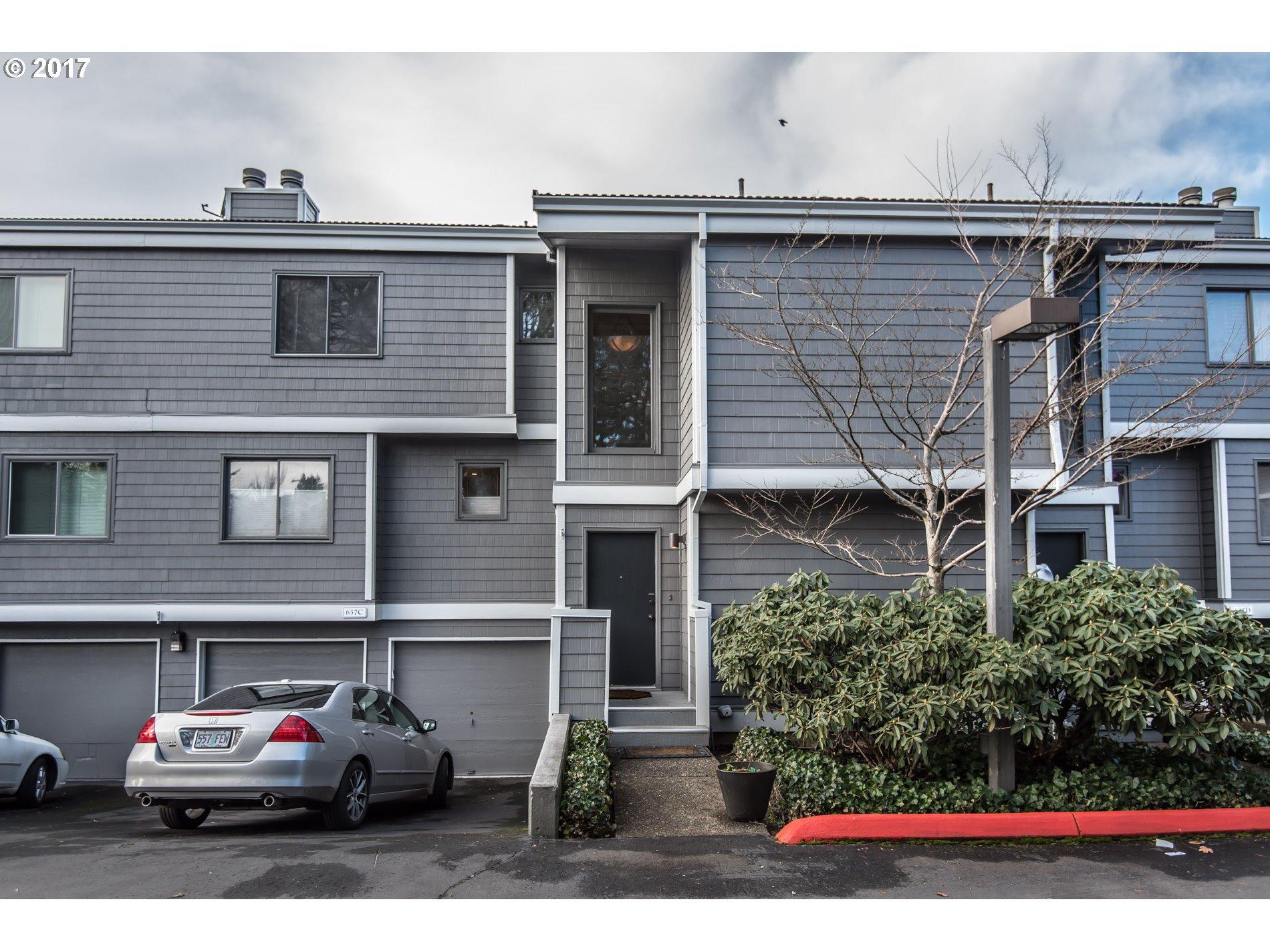 637 SE LINN ST C, Portland, OR 97202