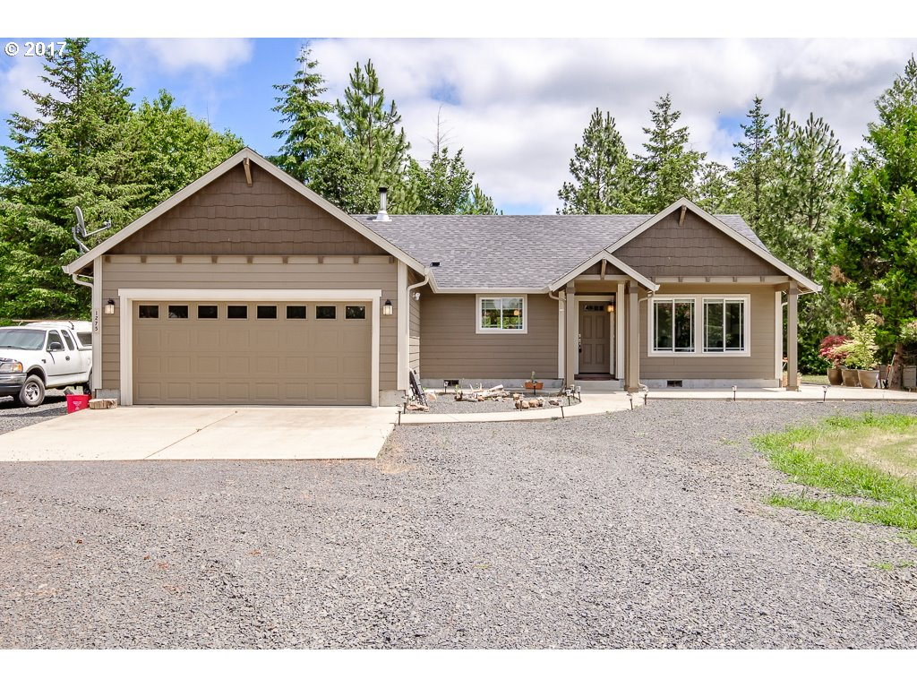 1275 45TH AVE, Sweet Home, OR 97386