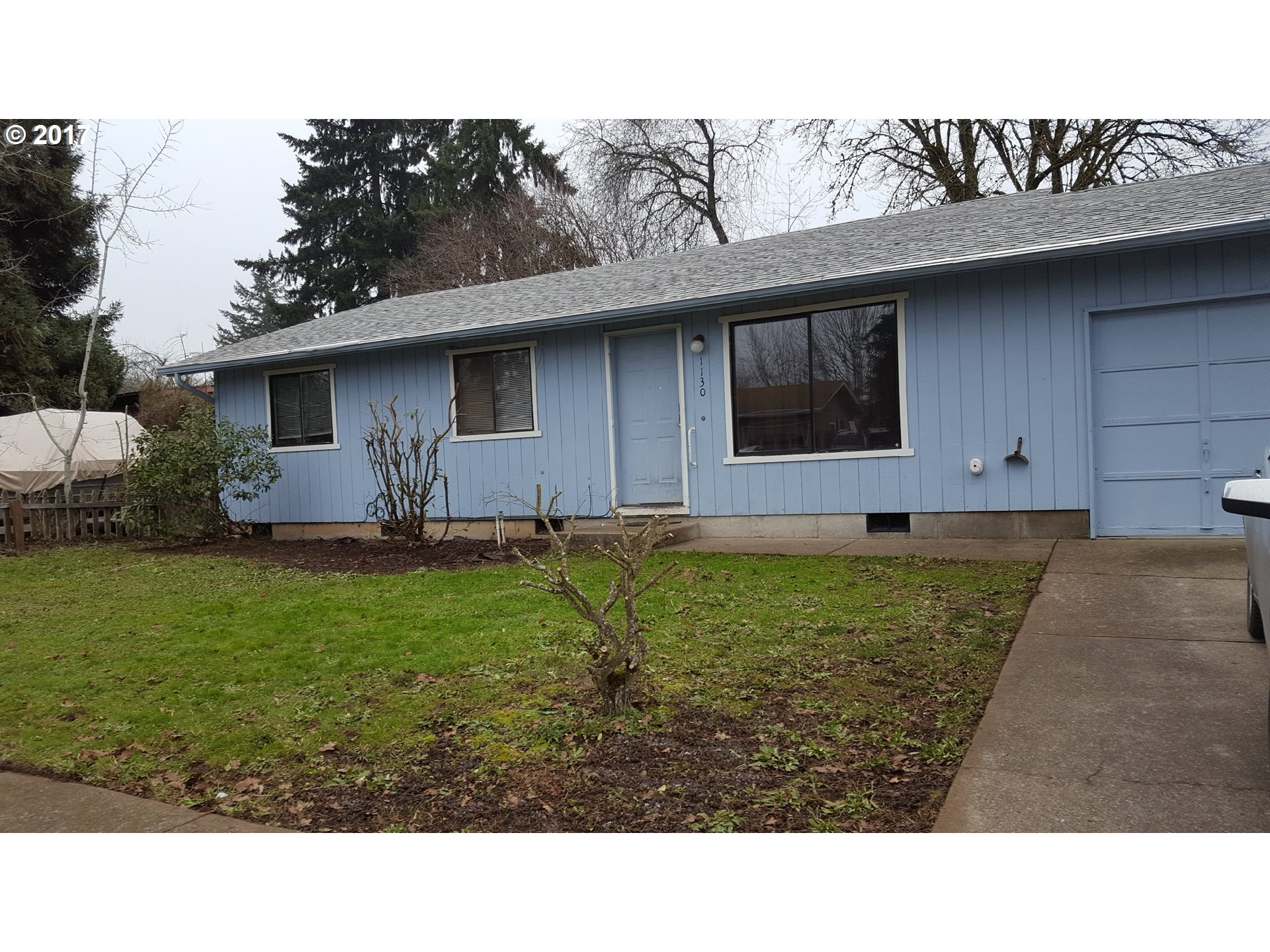 1130 E CHADWICK AVE, Cottage Grove, OR 97424