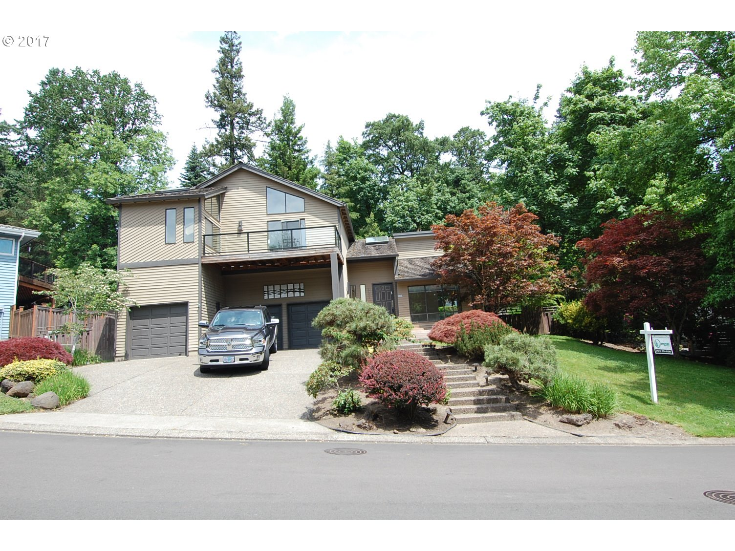3393 TEMPEST DR, Lake Oswego OR 97035