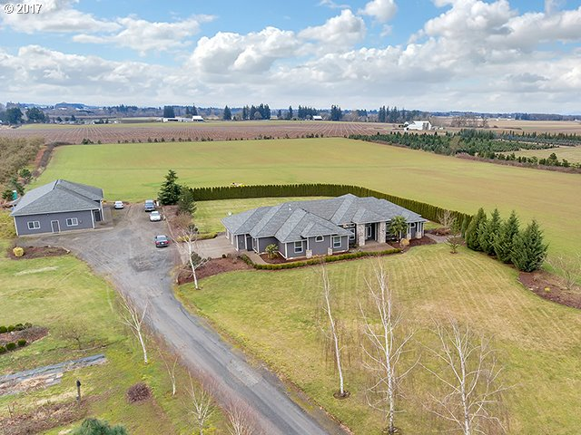 34221 S BARLOW RD, Woodburn OR 97071