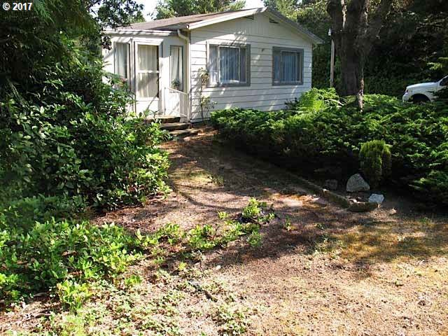 4813 RHODODENDRON LOOP, Florence, OR 97439