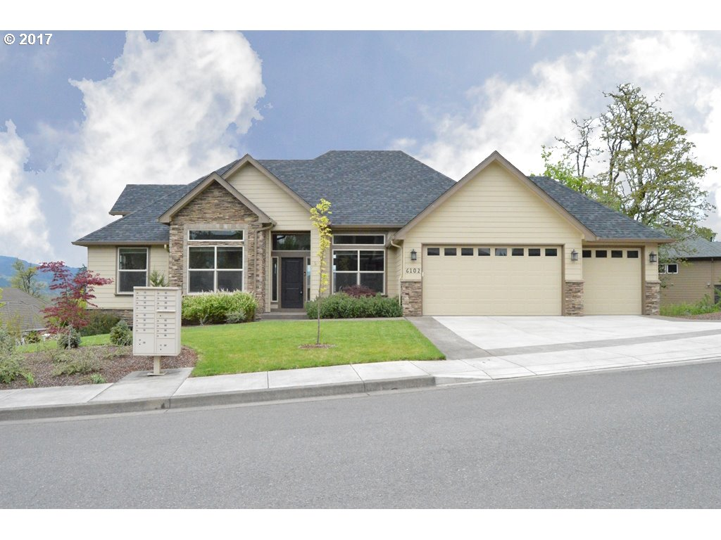 6102 FOREST RIDGE DR, Springfield, OR 97478
