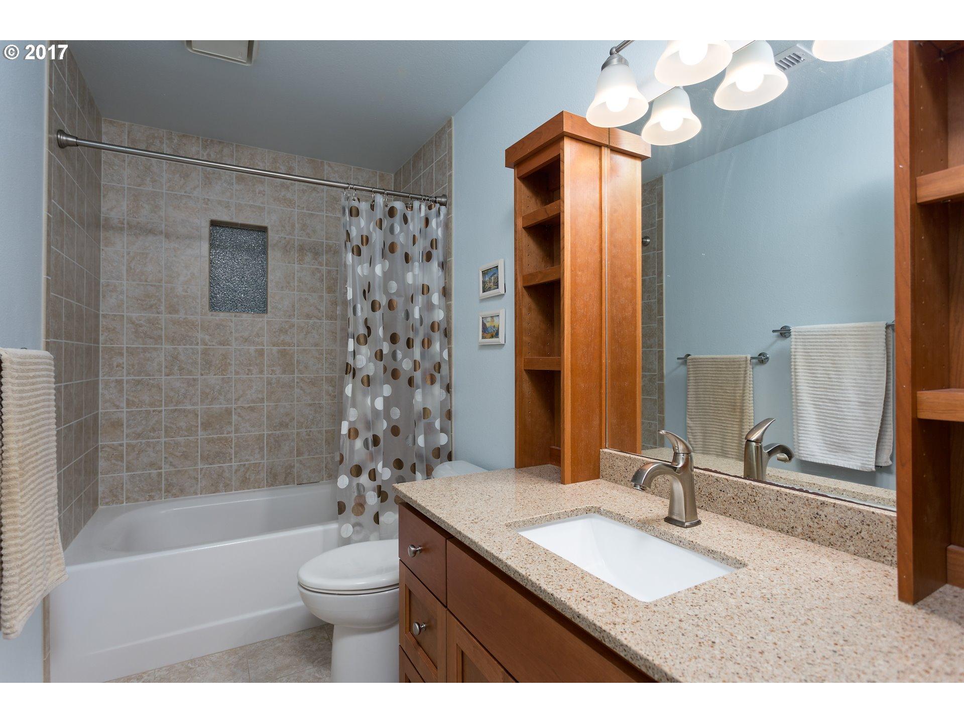 6081 CLAIRMONT CT Lake Oswego, OR 97035 - MLS #: 17636868
