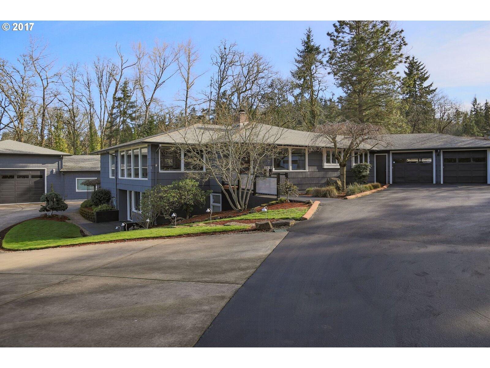 1995 HAWKINS LN, Eugene, OR 97405