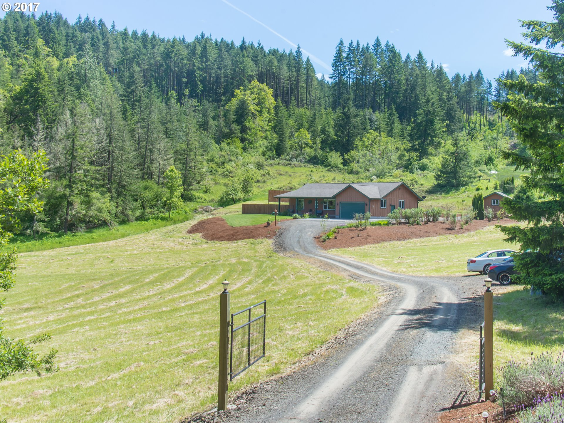 28032 BRIGGS HILL RD, Eugene, OR 97405