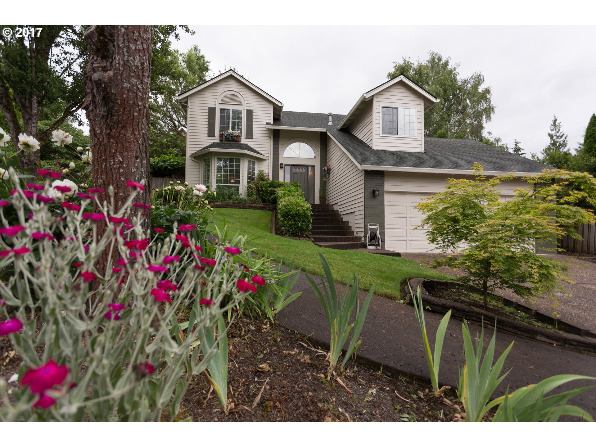 14135 SW 97TH PL, Tigard, OR 97224