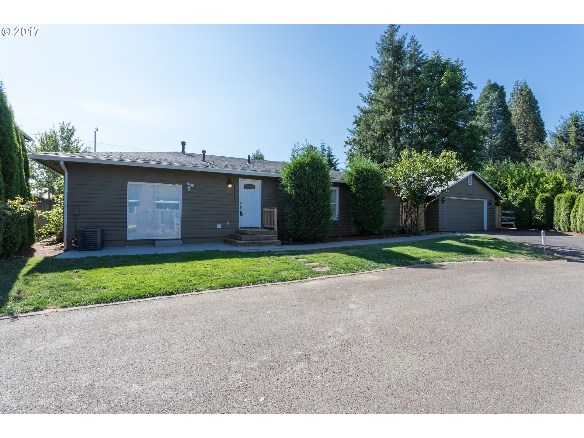 19549 HUMMINGBIRD LOOP, Oregon City, OR 97045