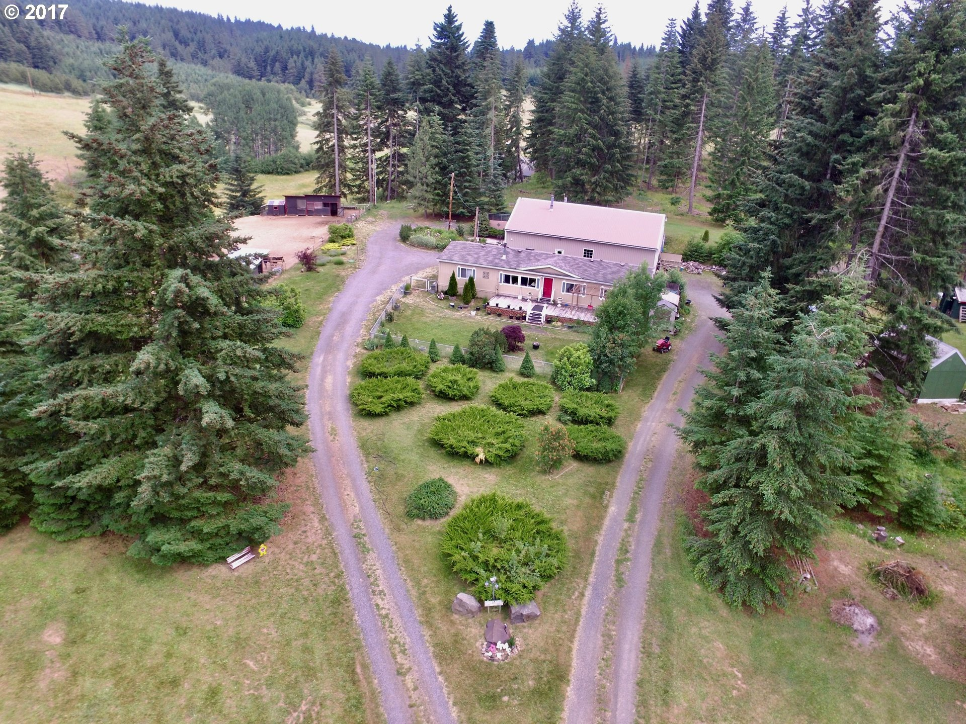 70 ACME RD, White Salmon, WA 98672