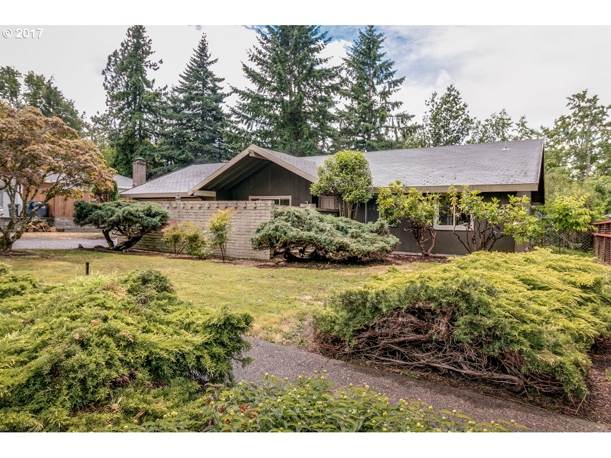 1970 COVENTRY WAY, Eugene, OR 97405