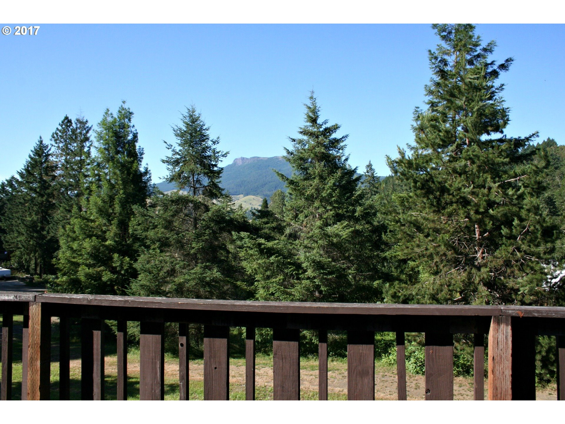 583 TERRACE DR Glide, OR 97443 - MLS #: 17650590