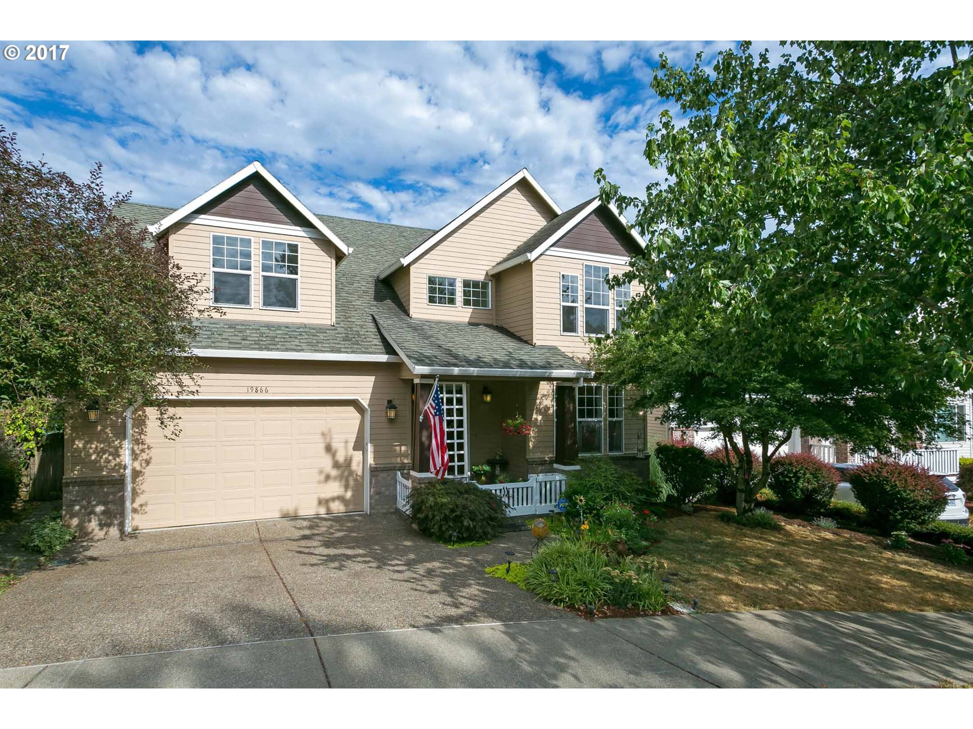 19866 BENNINGTON CT, West Linn, OR 97068