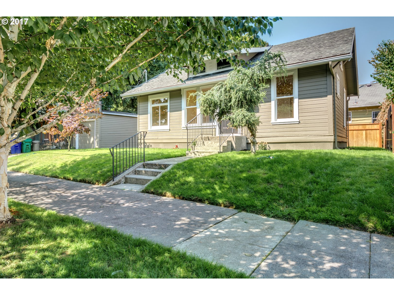 Darling University Park remodeled home. New fixtures. New paint inside and out. Updated bathroom and laundry room. Within minutes from downtown. New privacy fence. Move-in ready and perfect for a first time home buyer or investment as a rental property!