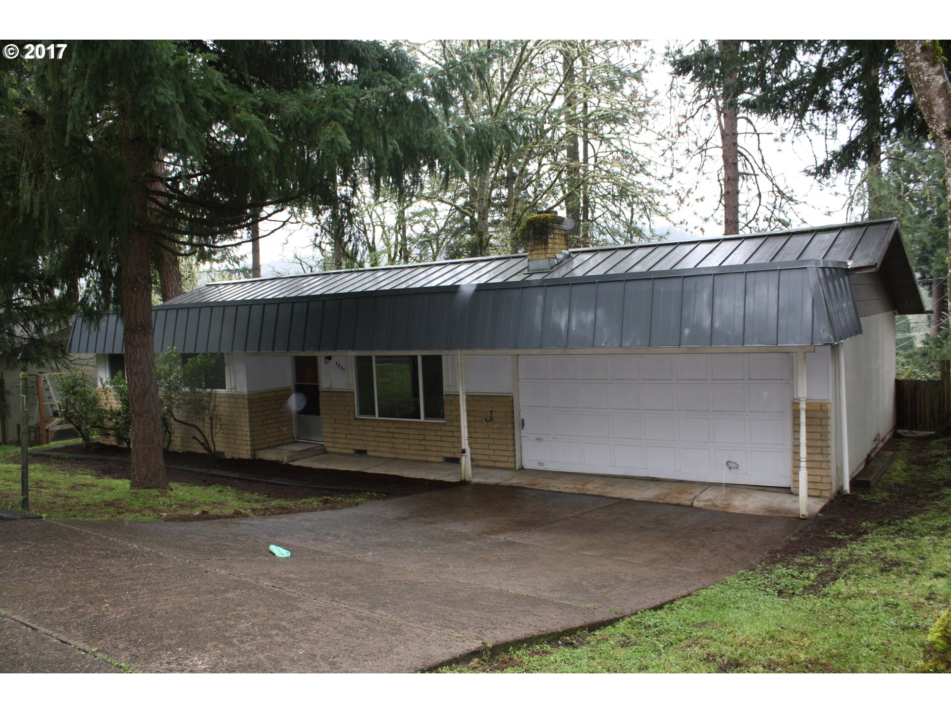 4495 FOX HOLLOW RD, Eugene, OR 97405