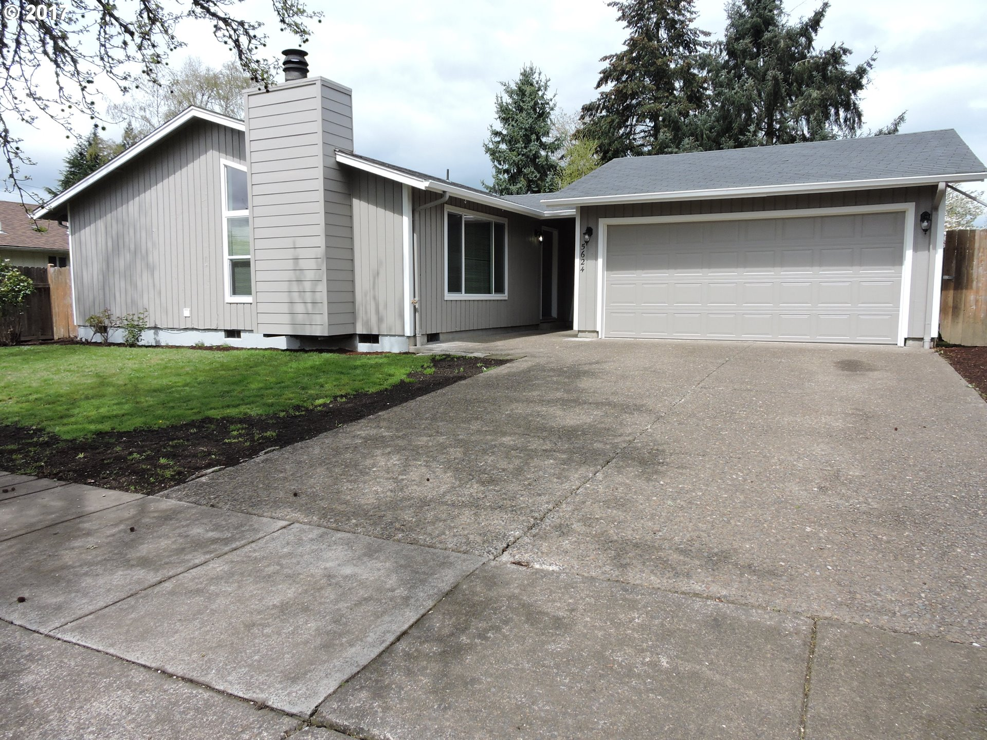 5624 C ST, Springfield, OR 97478