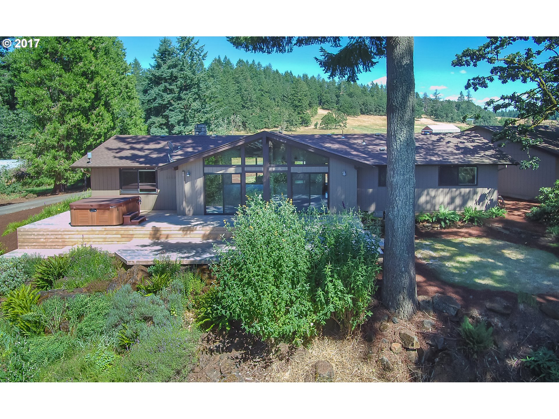 83761 S MORNINGSTAR RD, Creswell, OR 97426