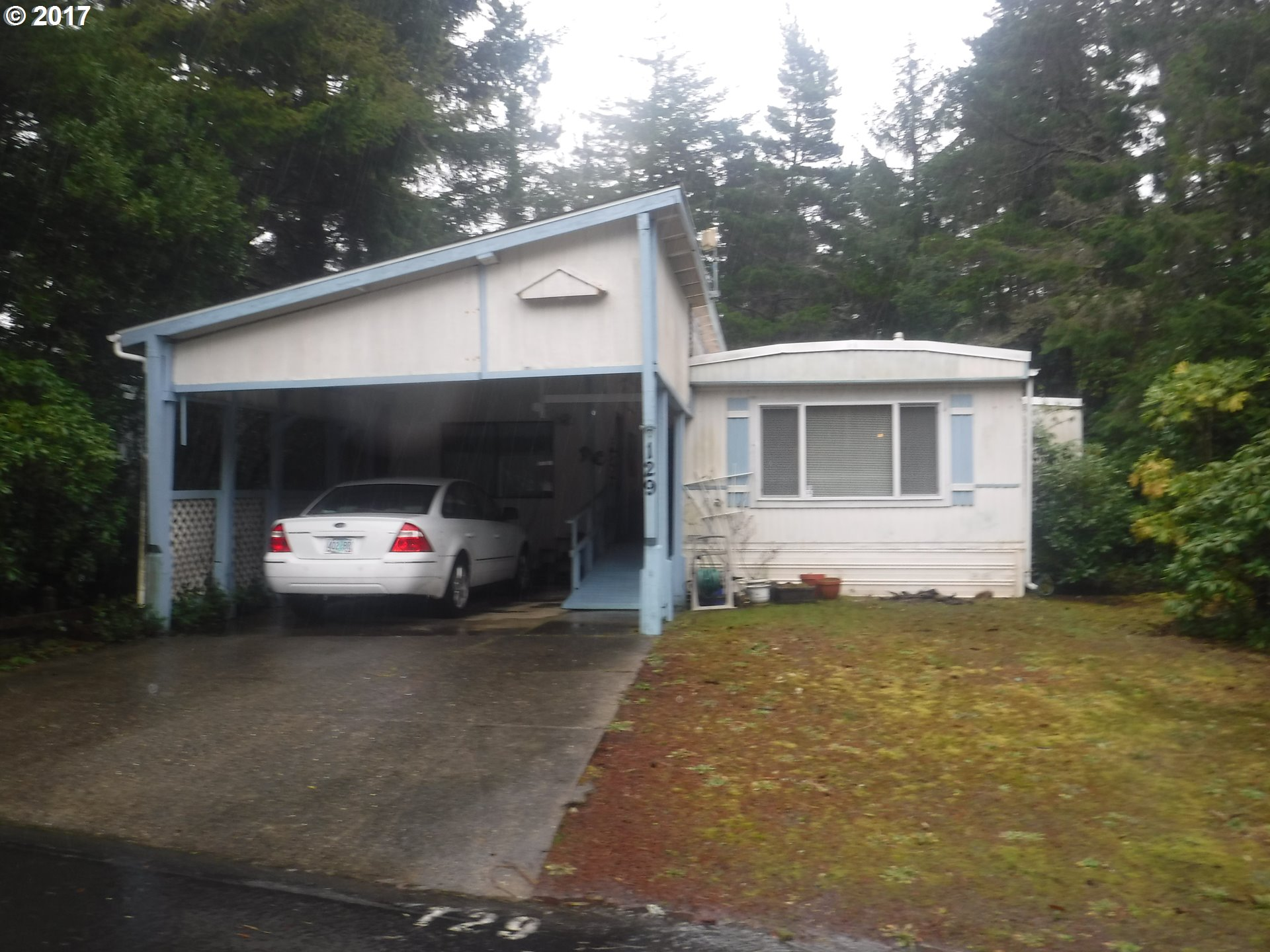 1600 RHODODENDRON DR 129, Florence, OR 97439