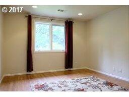 2260 AUGUSTA ST Eugene, OR 97403 - MLS #: 17660892