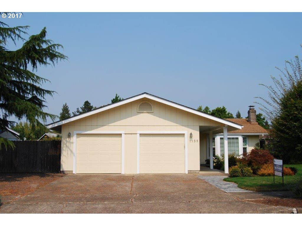 1155 VALLEY BUTTE DR, Eugene OR 97401