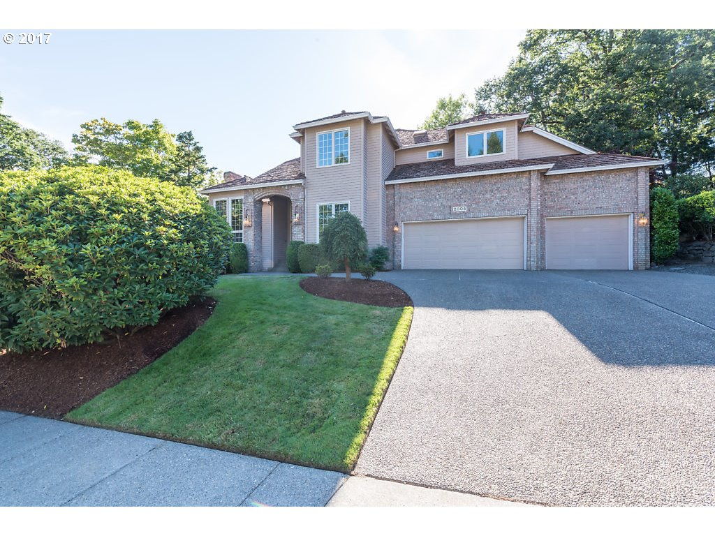 2005 CALIENTE CT, West Linn, OR 97068