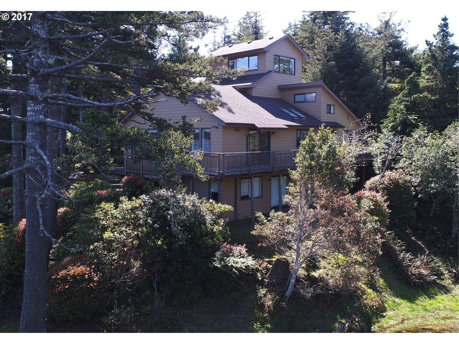 1064 LAKESHORE DR, PORT ORFORD, OR 97465  Photo 12