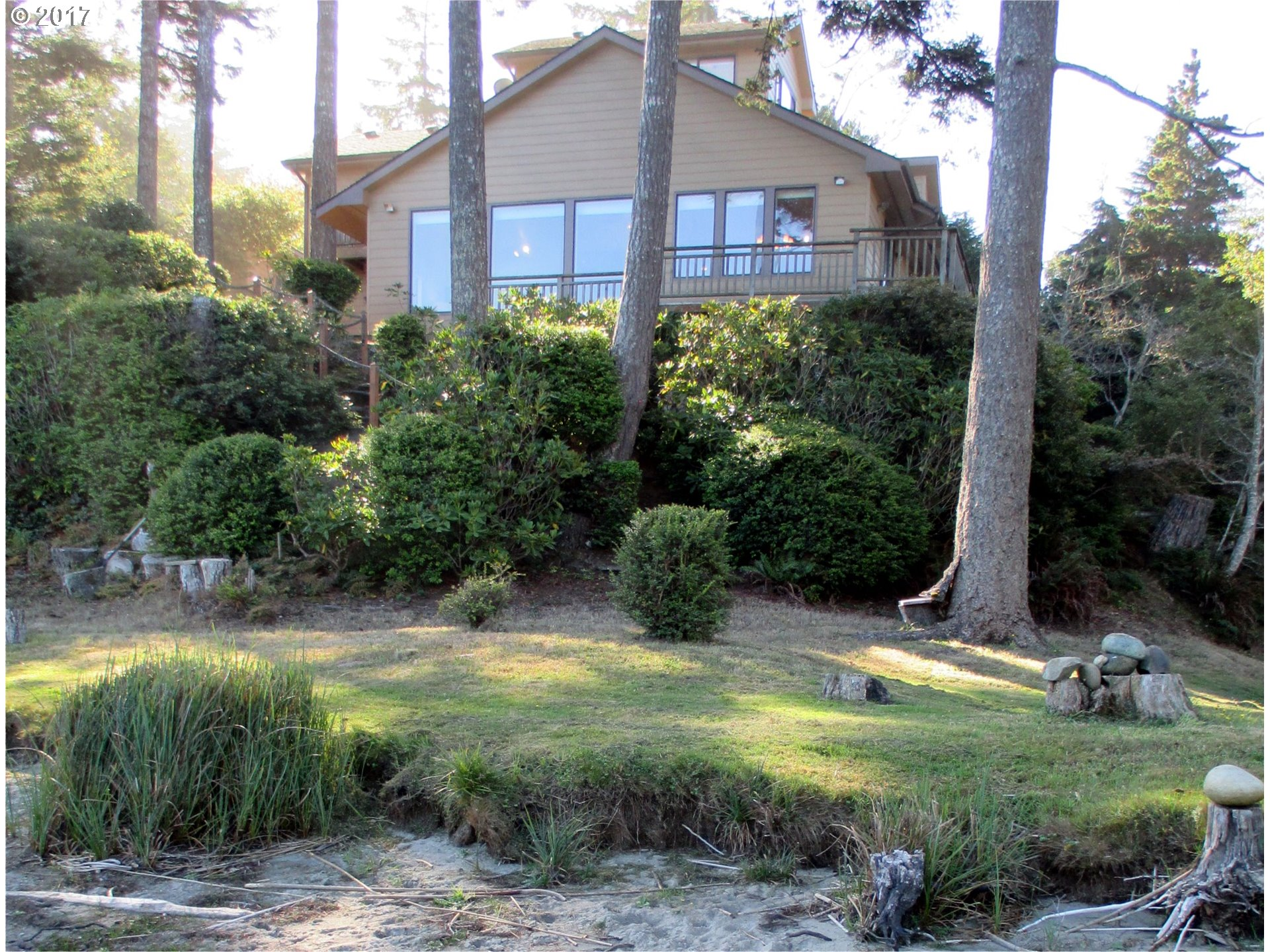 1064 LAKESHORE DR, PORT ORFORD, OR 97465  Photo 4
