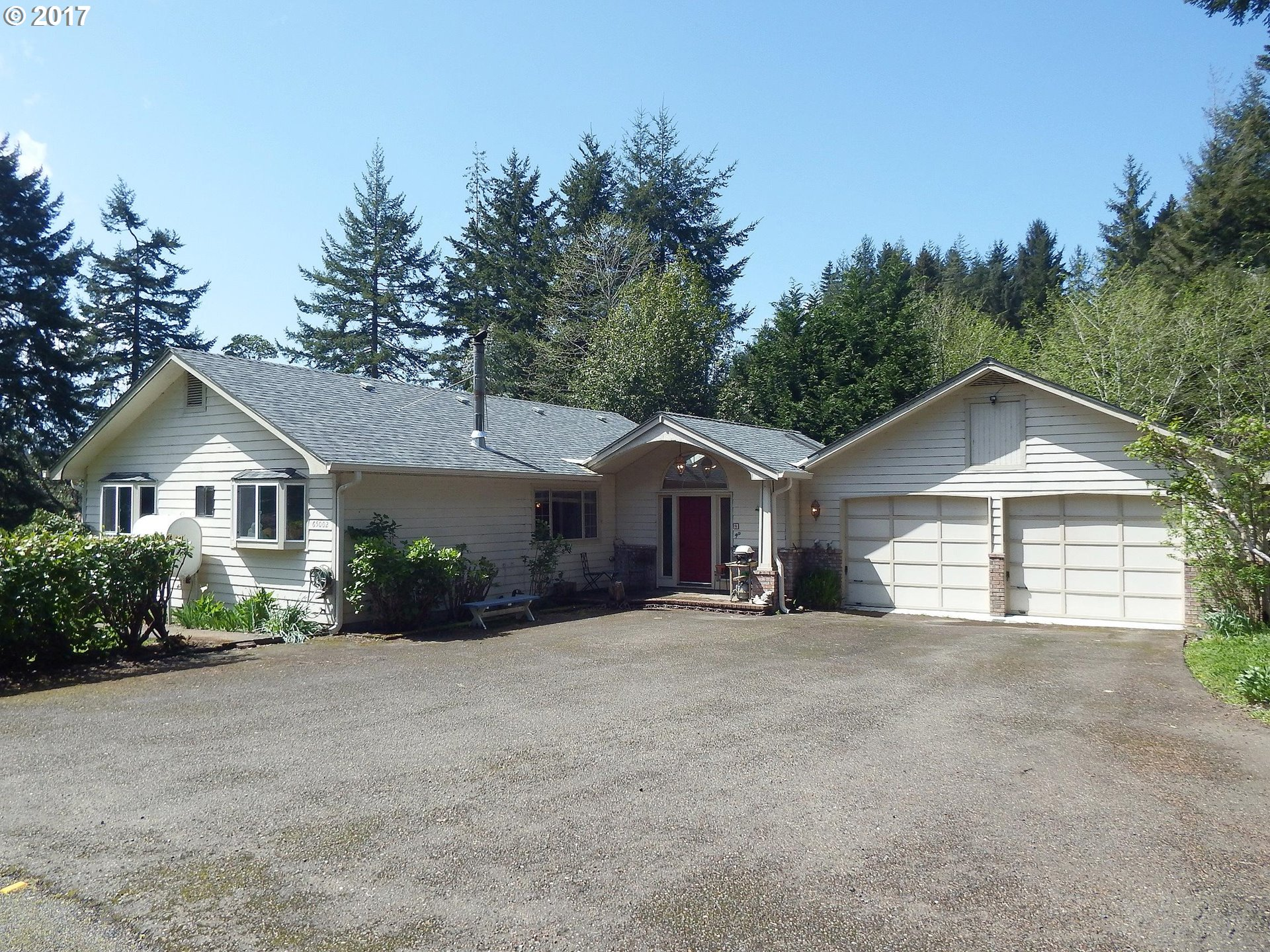 65002 WILDBERRY RD, North Bend, OR 97459