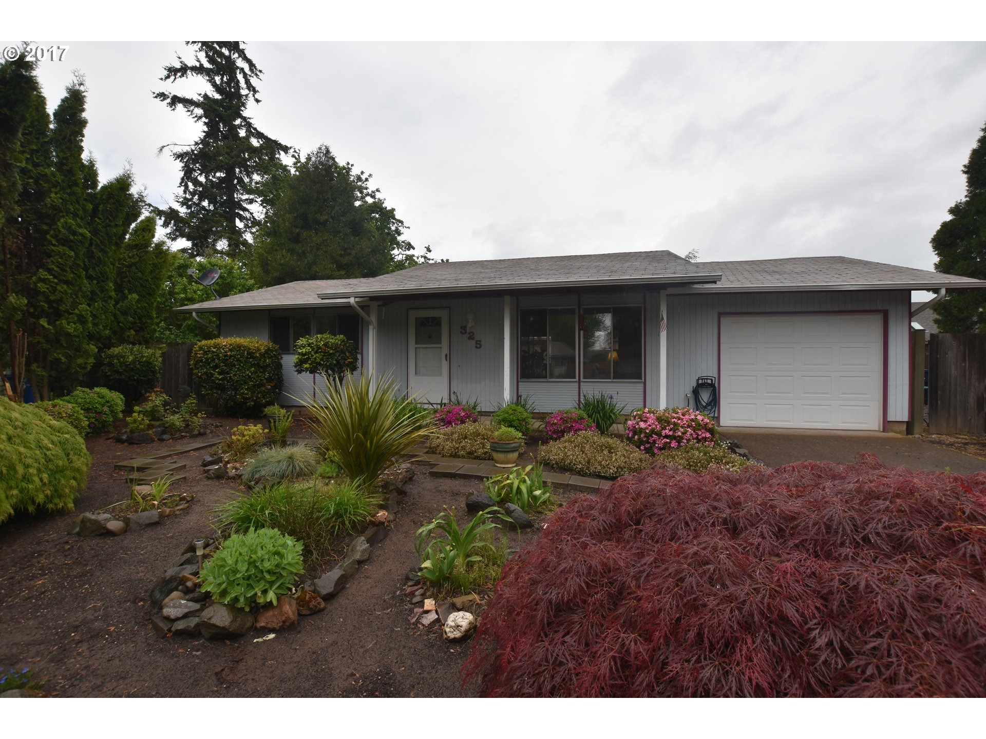 325 WICKHAM CT, Eugene, OR 97404