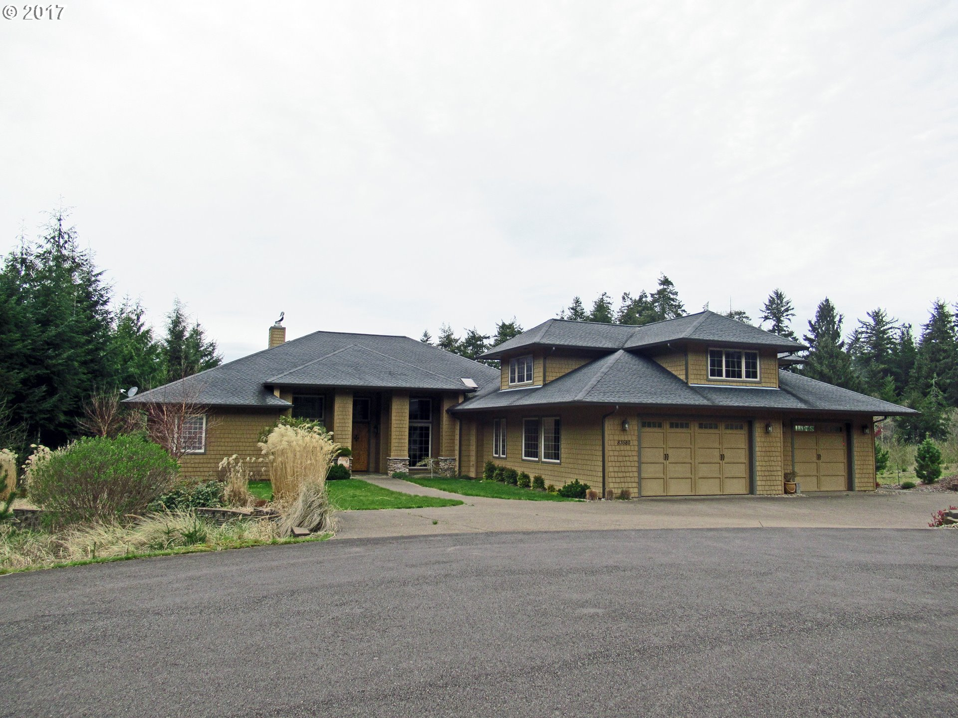 83580 Sauter DR, Florence, OR 97439