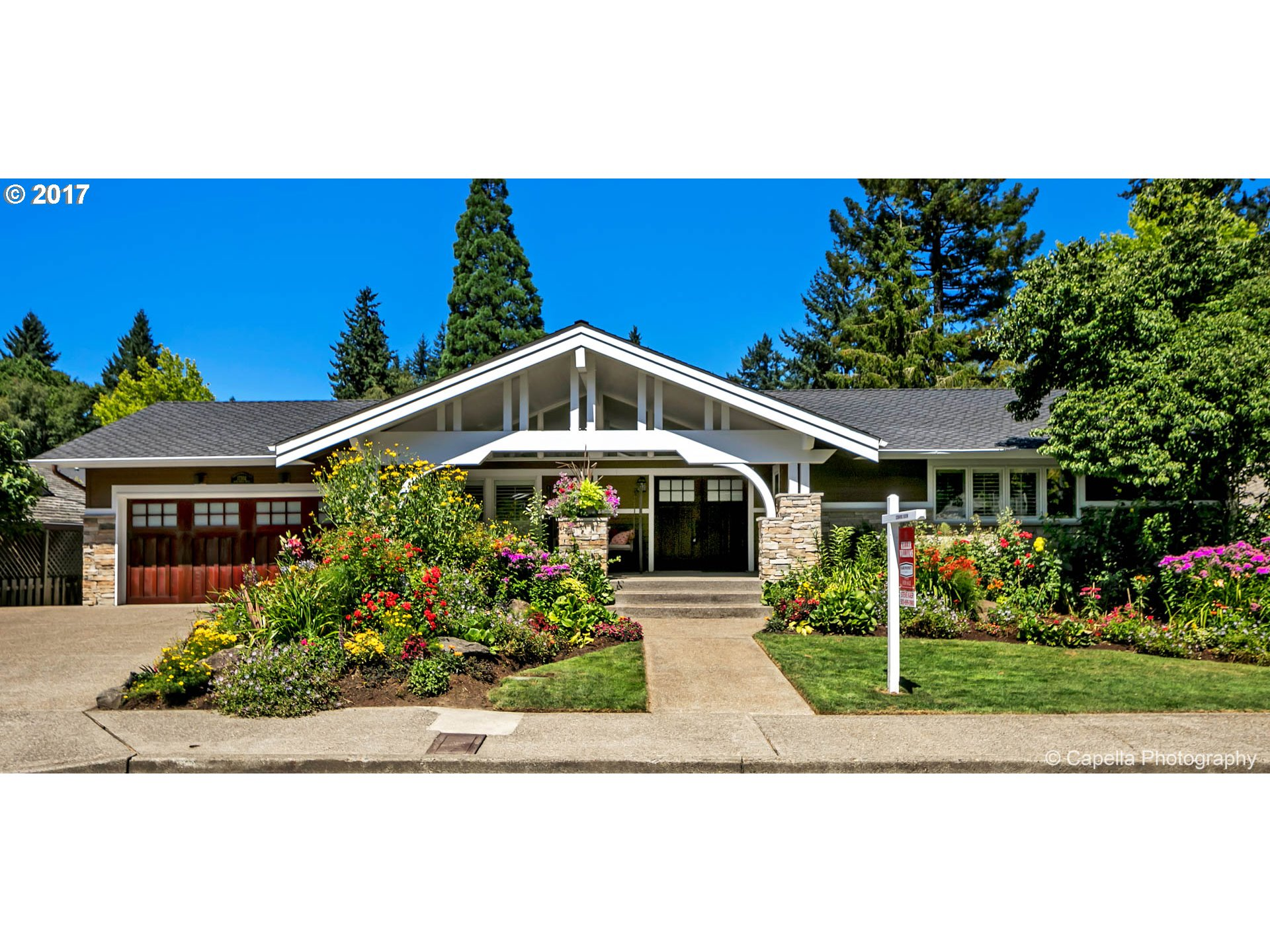 17502 BLUE HERON DR, Lake Oswego, OR 97034