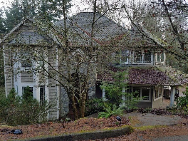 1483 WOODLAND TER, Lake Oswego, OR 97034