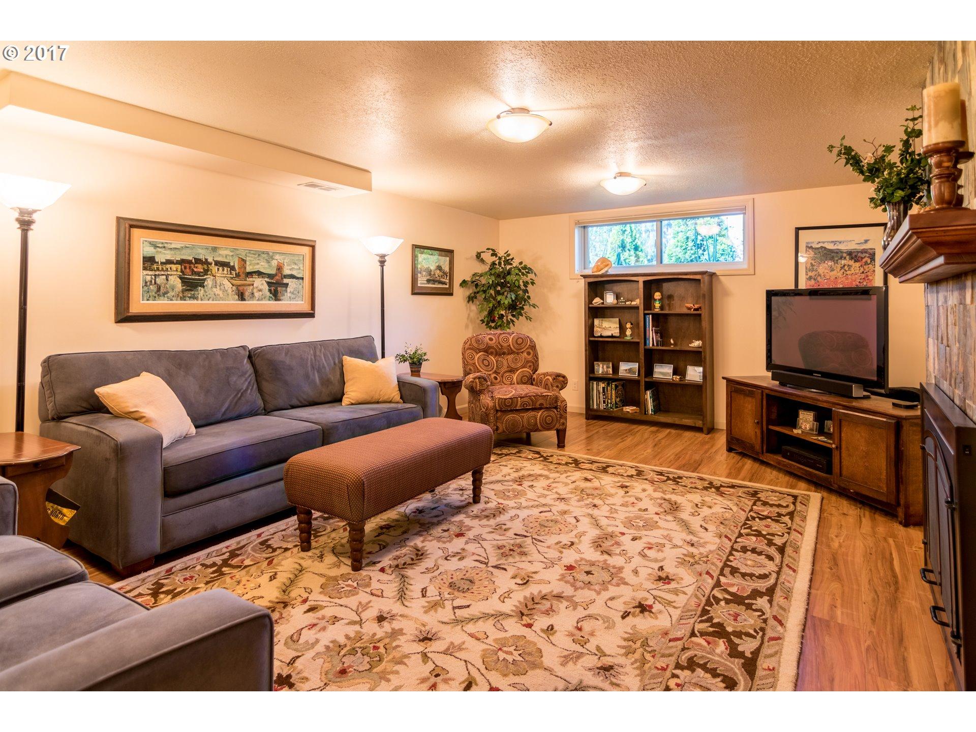 7195 SW SYLVAN CT Portland, OR 97225 - MLS #: 17667414