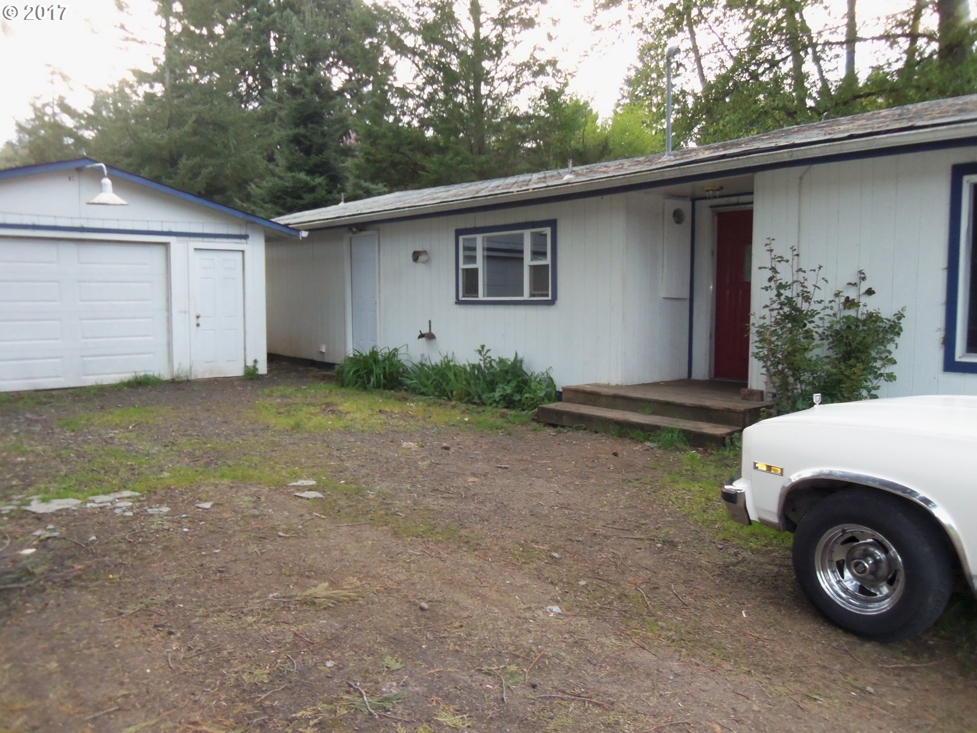 139 N P ST, Cottage Grove, OR 97424