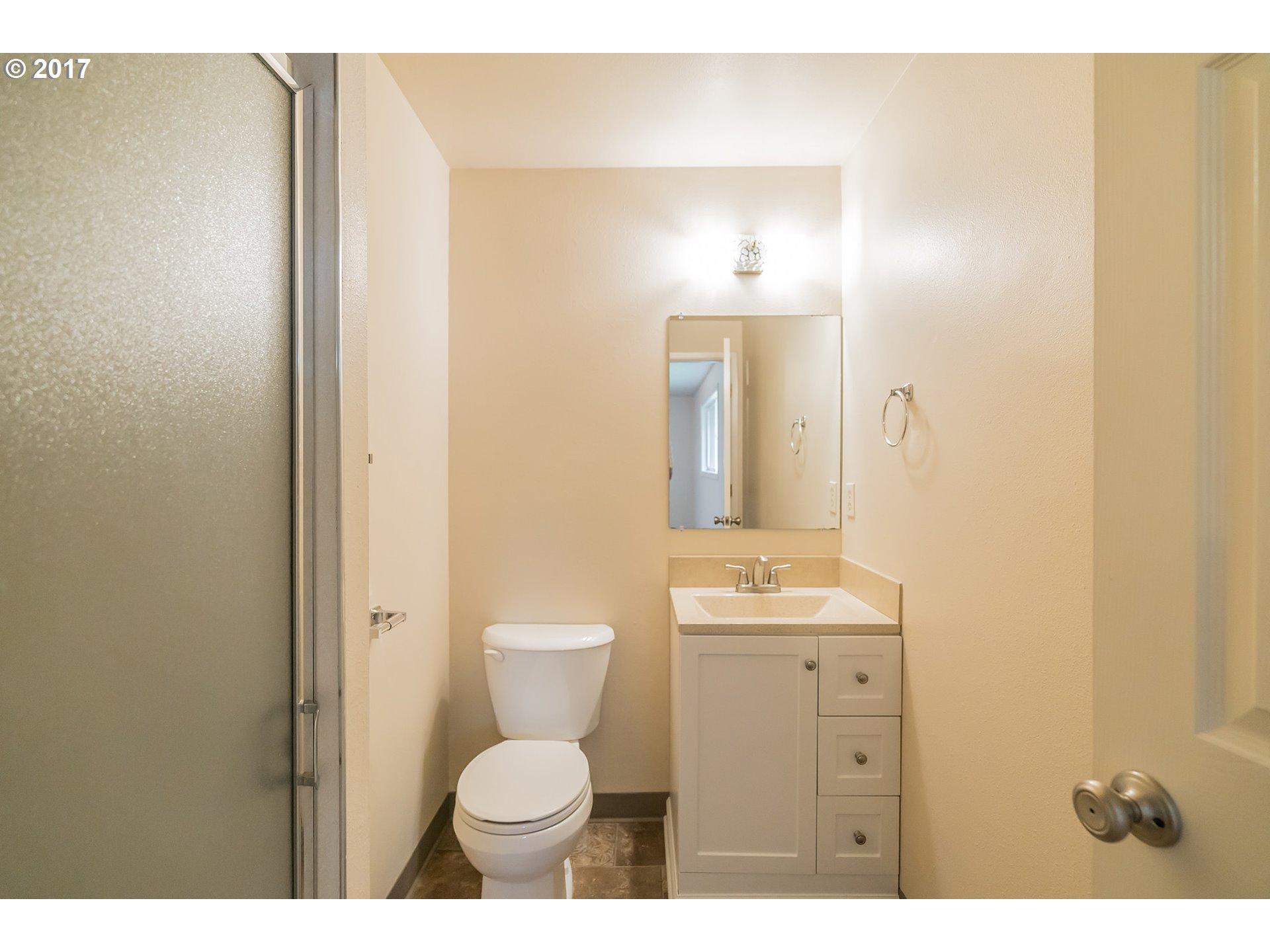 10409 SE SCHILLER ST Portland, OR 97266 - MLS #: 17672278