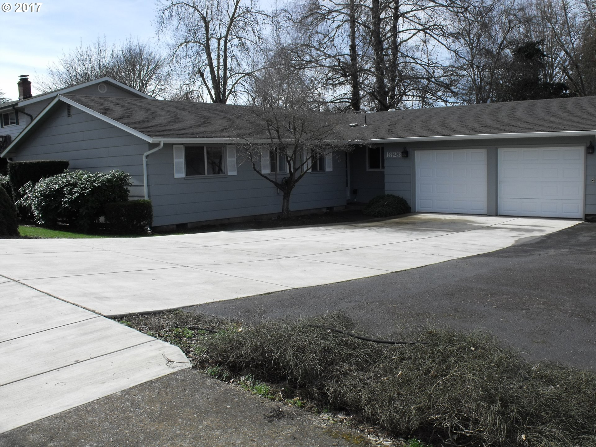 1623 S 6th ST, Cottage Grove, OR 97424