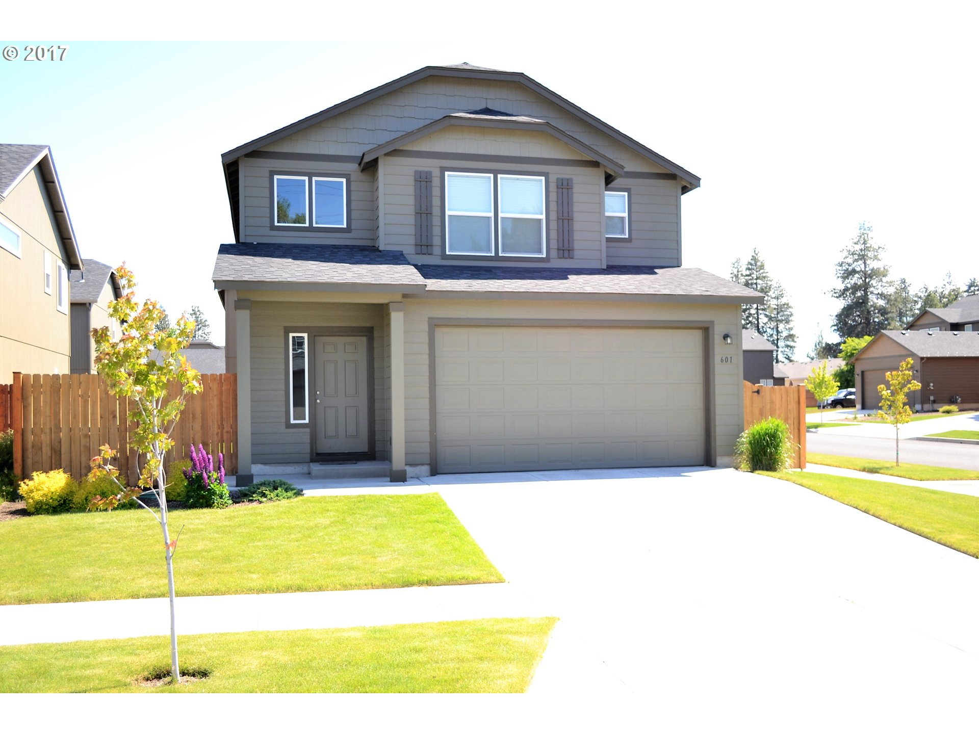 601 SE GLENEDEN PL Bend, OR 97702 - MLS #: 17674515
