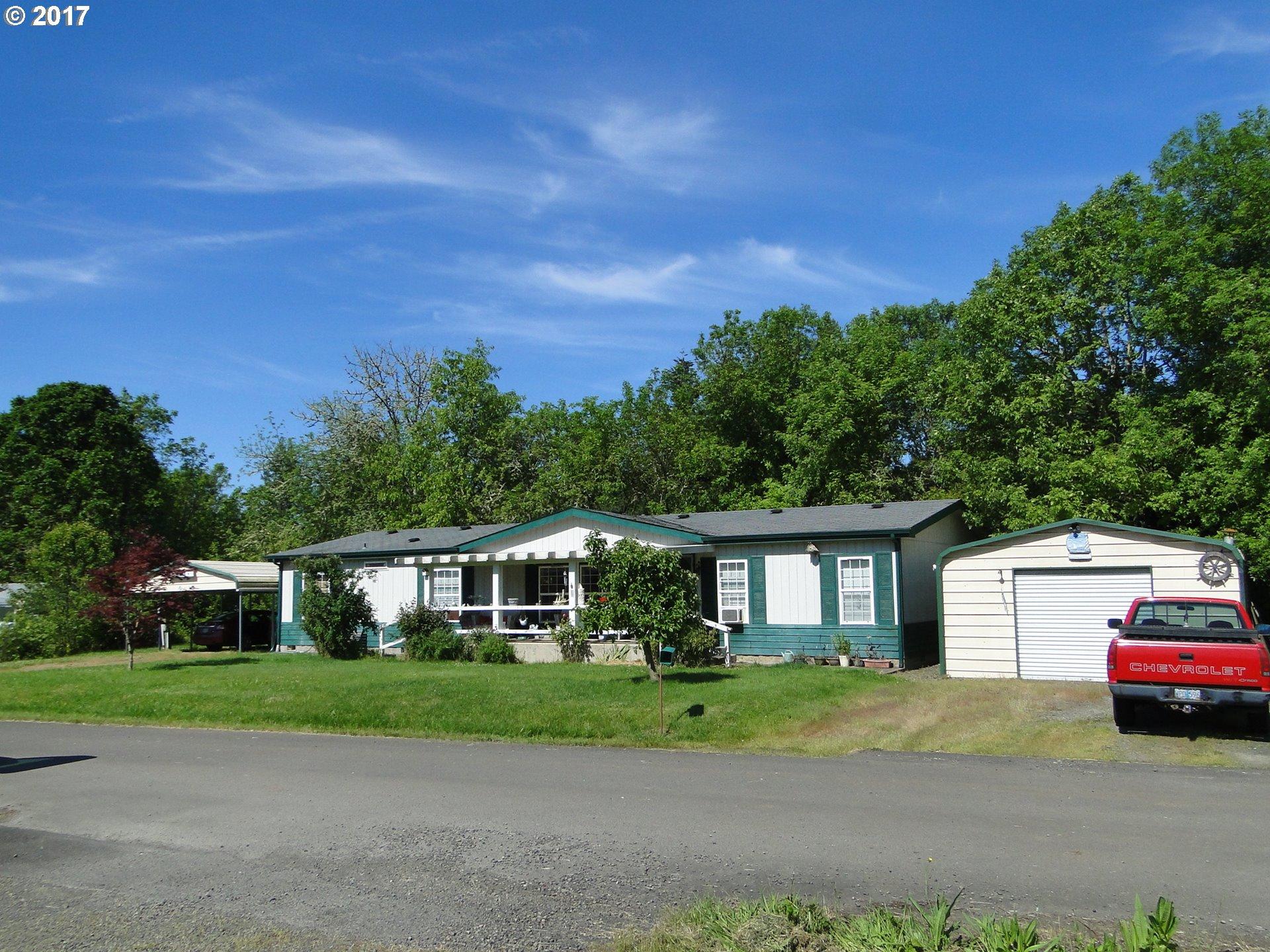 301 N DAMON ST, Lowell OR 97452