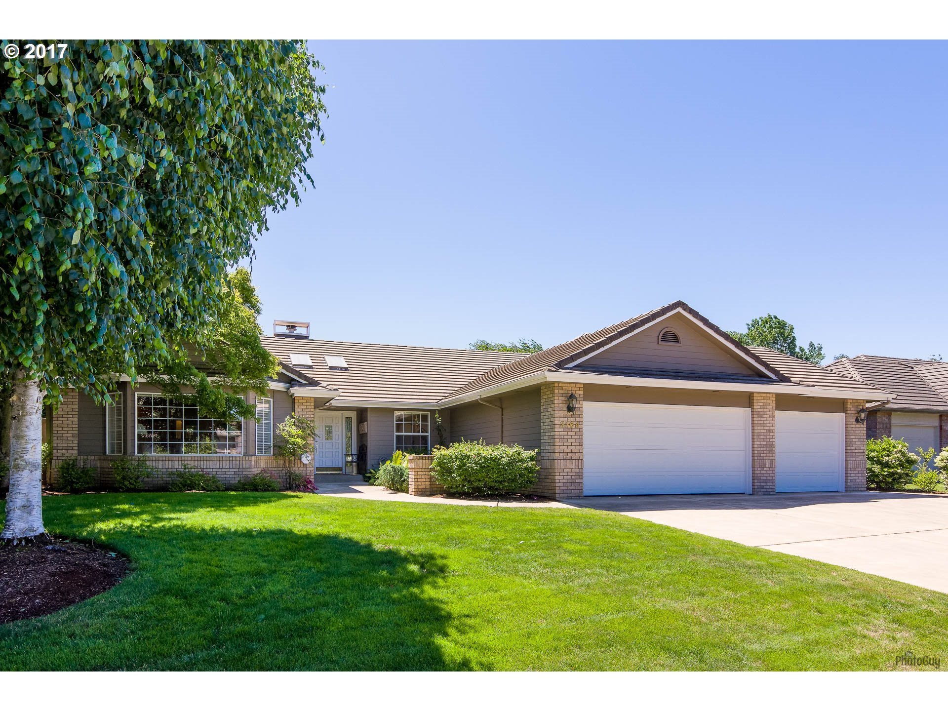 3164 WOLF MEADOWS LN, Eugene, OR 97408