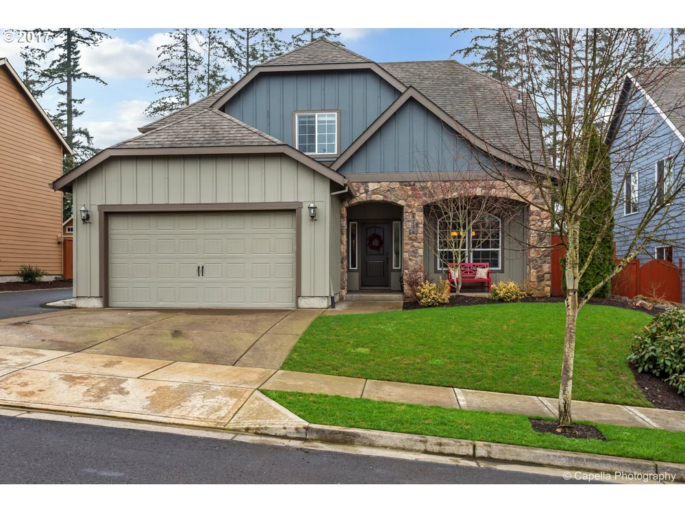 4734 CLUBHOUSE DR, Newberg, OR 97132