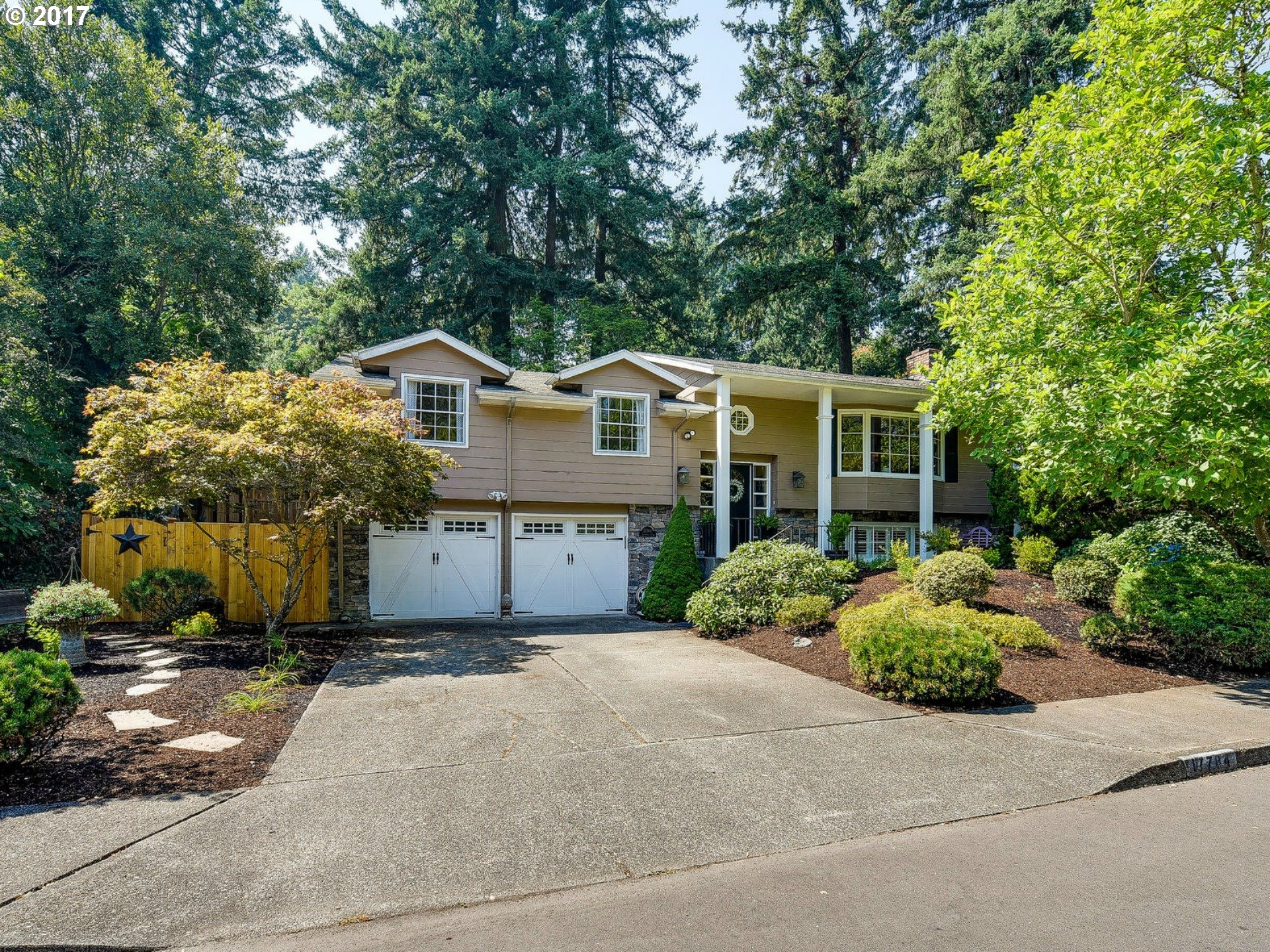 17784 CARDINAL DR, Lake Oswego, OR 97034