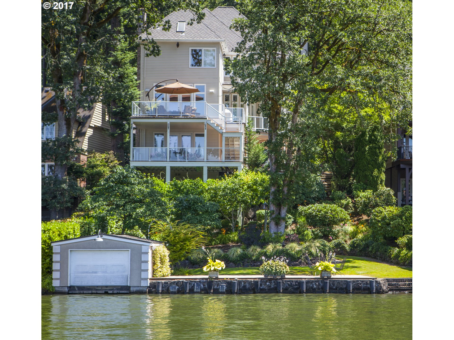 16865 GREENBRIER RD, Lake Oswego, OR 97034