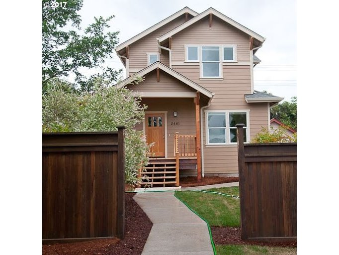2461 FRIENDLY ST, Eugene, OR 97405