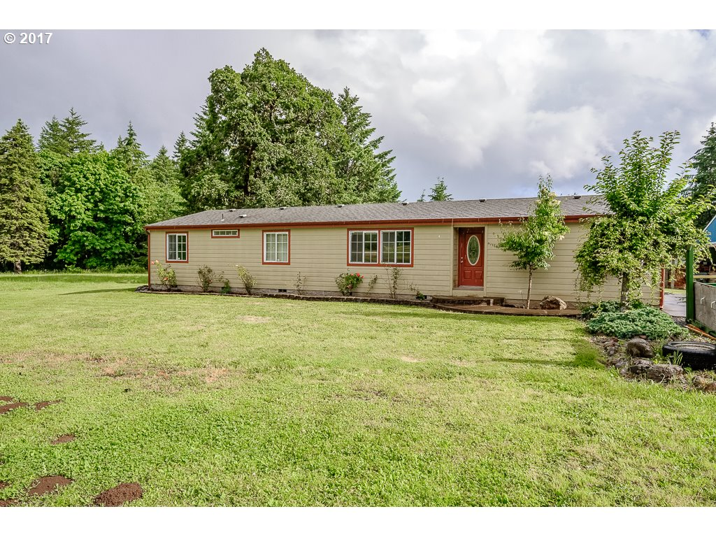 2022 PLEASANT VALLEY RD, Sweet Home, OR 97386